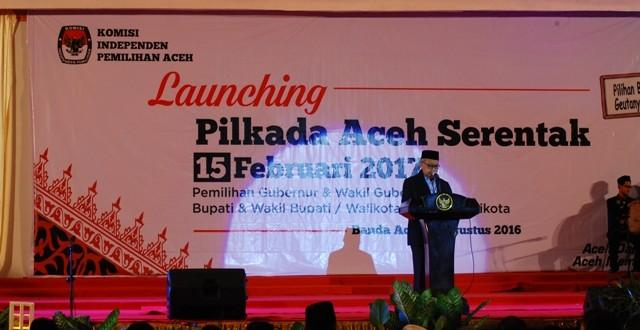 Launching Pilkada Aceh 2017 serentak di Gedung AAC Dayan Dawood, Banda Aceh, Selasa 2 Agustus 2016. Photo: AW