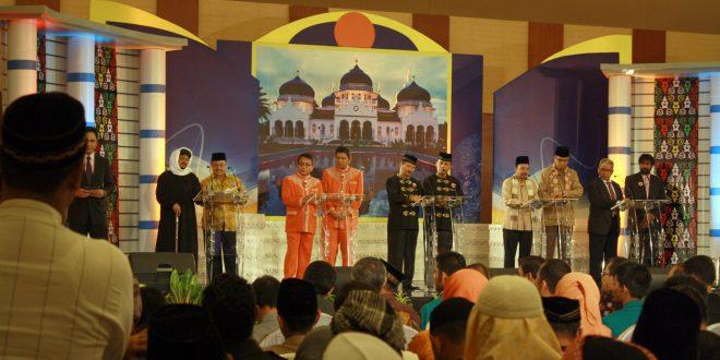 Debat kandidat cagub/cawagub Aceh pada Pilkada 2012 di Hermes Palace, Banda Aceh. | Foto: Dok AW