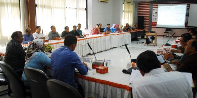 Rapat evaluasi debat kandidat