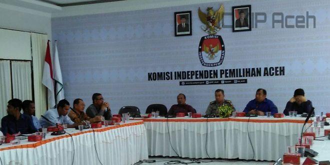 Rapat membahas debat kandidat | Foto: Hadi