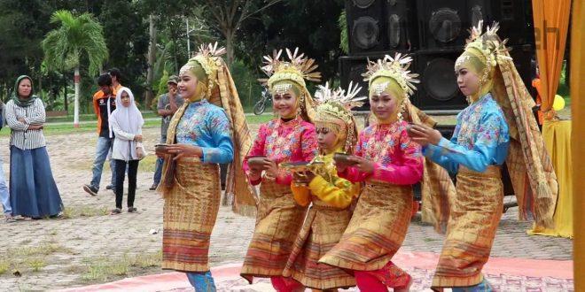 Video: Si Tambo Tiba Di Aceh Tamiang