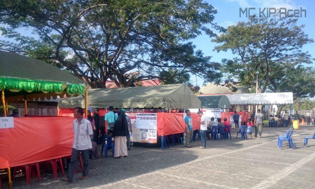 TPS di Gampong Lamgugop, Syiah Kuala, Banda Aceh
